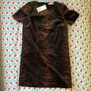 MNG fuzzy tiger print dress 🐅 Sz 4